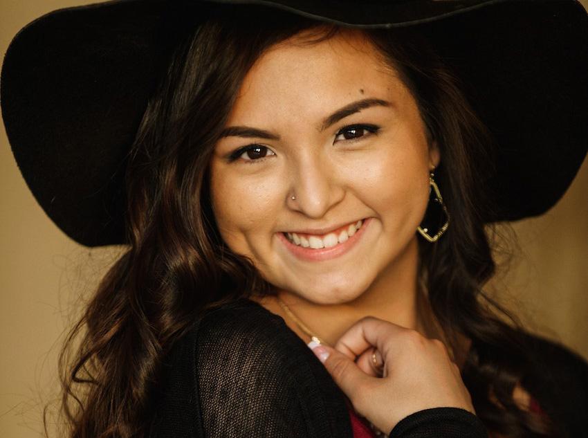San Antonio Senior Portraits – Anais